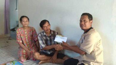 Photo of Penderita Kanker Usus Dapat Sentuhan Dari Baznas Kutim