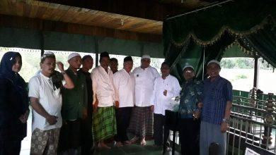 Photo of Habib Umar Muthohar Apresiasi Bupati yang Telah Pugar Makam di Senumpak