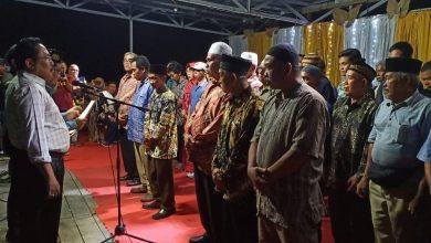 Photo of Kepala ABK Lantik Perangkat Adat di Dua Kecamatan.
