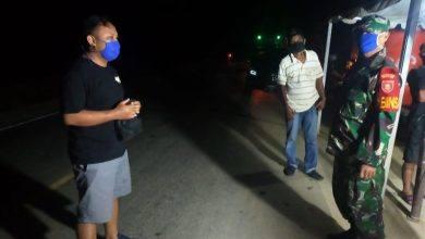 Photo of Tak kenal Waktu, TNI Bersama Polri Dan Tim Gugus Tugas Cegah Penyebaran Covid 19