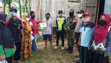 Photo of Koramil Teluk Pandan, Ikut Kawal penyaluran BLT Dari Pemerintah.
