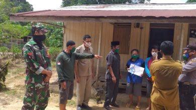 Photo of Koramil Muara Wahau, Ikut Kawal Penyaluran BLT dari Pemerintah.