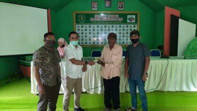 Photo of Hindari Kecemburuan Sosial, Kades Karangan Ilir Talangi Anggaran BST Kemensos
