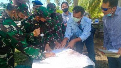 Photo of Danrem didampingi Dandim dan Danramil Bengalon saat melakukan Peninjauan Makolatgab TNI.