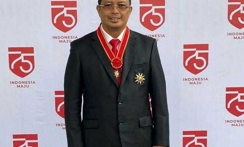 Photo of Sejarah!!! Mahyudin Orang Kaltim Pertama Penerima Penghargaan Bintang Mahaputera Nararya