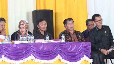 Photo of Arang Jau Janji Alokasikan Anggaran Renovasi Lamin Muara Ancalong