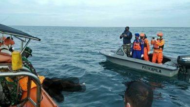 Photo of Lanal Sangatta Dan Tim Sar Gabungan Evakuasi Rasan Dari Perairan Teluk Lombok