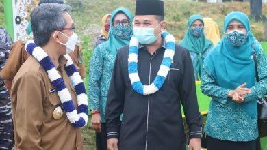 Photo of Joni Minta Pemerintah Perhatikan Jalan Usaha Tani di Kaliorang