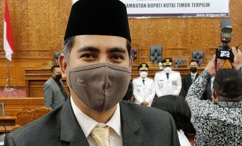 Photo of Kader Golkar Inginkan Kasmidi Bulang Pimpin Si Beringin Kutim