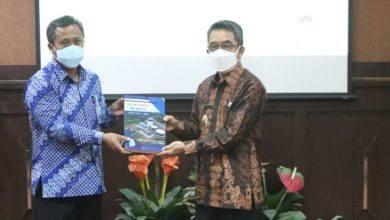 Photo of Direktur PDAM Kutim Sampaikan Rencana Bisnis 5 Tahun Mendatang Ke Pemerintah